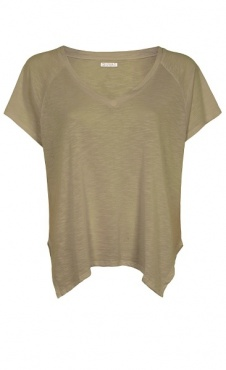 Loose V-neck shirt