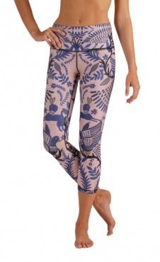 Desert Kiss Cropped Yoga Leggings